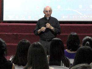 """Reitor, professor Antônio Fonseca da Silva, destacou o potencial do """"ser professor"""""""