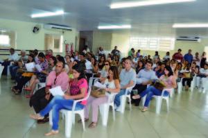 Atualmente, 83 entidades e associações, entre asilos, escolas, associações de moradores, são atendidas pelo PAA em Caratinga