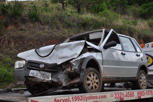 Motorista do Uno teria entrada na rodovia sem observar o trânsito
