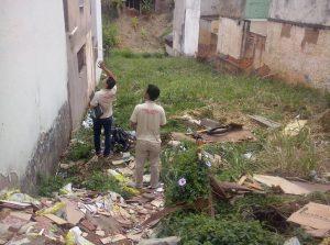 Lote na Avenida Moacir de Mattos era usado como depósito de lixo pela população