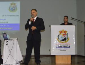 Palestra foi ministrada pelo professor Eugênio Maria Gomes