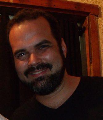 Cineclubista Vinicius Faria foi intermediador do debate - Cineclubista-Vinicius-Faria-foi-intermediador-do-debate