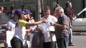 Campanha de conscientização feita pelas ruas de Caratinga