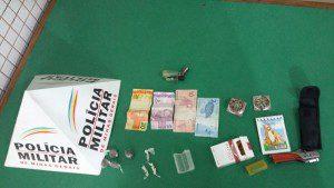 Droga e dinheiro encontrados pela Patrulha Rural