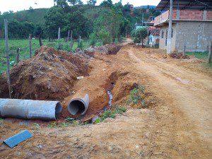 Redes pluviais estão sendo construídas