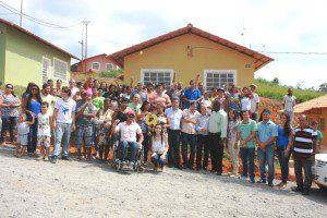 28 casas foram construídas no distrito de Revés do Belém, zona rural de Bom Jesus do Galho. Inauguração aconteceu em abril deste ano (foto: Arquivo)