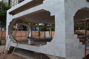 Coreto está sendo revestido com mármore