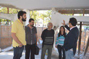 Prefeitura e Compac acompanham obras de revitalização do Coreto