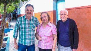 Professor Eugênio, Dora Bomfim e Monir Saygli acadêmicos que estão promovendo o concurso