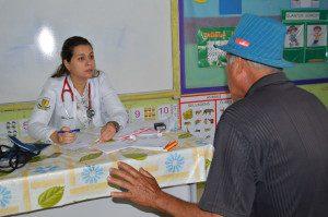 Médica Sabrina Guerson Juste Vieira é uma das profissionais que apostam no Mutirão
