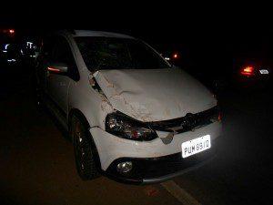 Parte dianteira do veículo ficou bastante danificada
