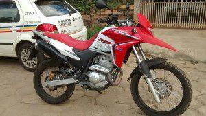 Uma das motos recuperadas pela PM