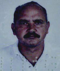 Antônio, motorista da Van, faleceu preso às ferragens