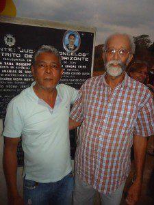 Adolfo Bento (à esquerda), prefeito de Piedade e filho de Novo Horizonte, prestigiou obras e homenagem à família Vasconcelos