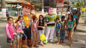 Ação foi desenvolvida na Praça João Barbosa Neto e atraiu a criançada