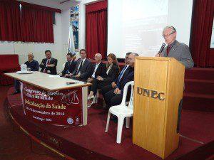 Professor José Aylton de Mattos, coordenador de Extensão do UNEC, faz o seu pronunciamento