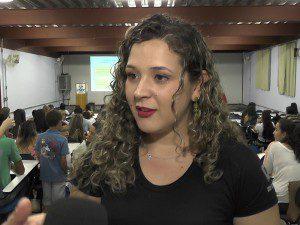 """Ana Paula Moreira, aluna: """"Eventos como este seminário são fundamentais para uma eficiente formação acadêmica"""""""