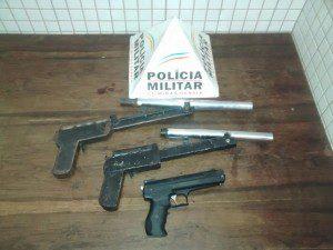 Armas encontradas na casa do adolescente