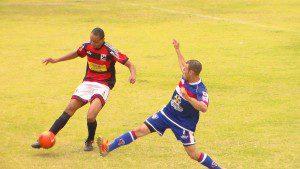 Caratinga levou vantagem no primeiro confronto contra o Santa Cruz