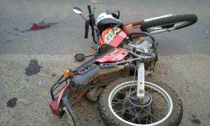 Motocicleta que era pilotada por Elaine
