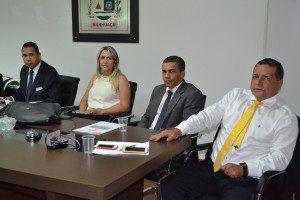 Reunião foi realizada na Câmara Municipal de Manhuaçu