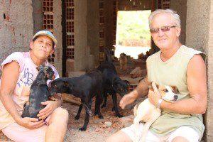 Marta e Joel disseram que invadir o Centro de Zoonoses foi a única solução encontrada