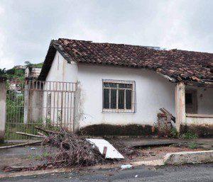 Casa localizada no Bairro Santa Zita está entre os imóveis que serão vendidos