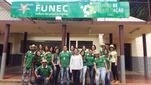Equipe que trabalha no Centro de Reabilitação FUNEC