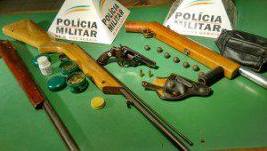 Armas e munições recolhidas pela equipe da Patrulha Rural