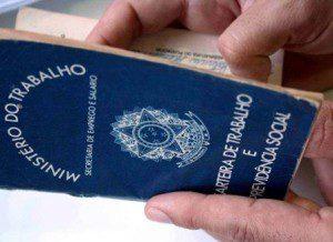 De janeiro a fevereiro de 2016 foram registrados 827 admissões e 969 desligamentos em Caratinga (imagem ilustrativa)