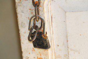 Cadeado foi estourado dando acesso a desconhecidos