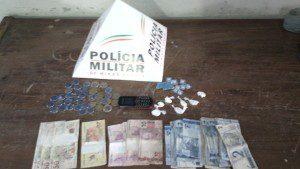 Dinheiro e droga apreendidos pela Polícia