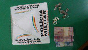 Drogas e dinheiro recolhidos pela PM