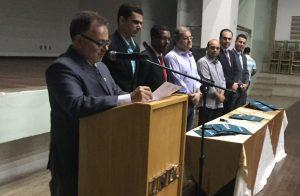 Mesa diretora - professor Eugênio abriu o evento