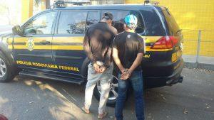 Suspeitos detidos pela PRF