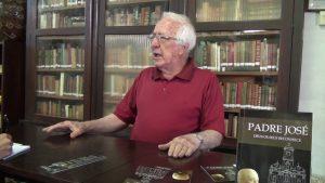 Hélio Amaral comenta sobre seu último livro (foto: Arquivo)