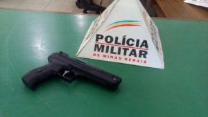 Réplica de arma de fogo apreendida pelos militares