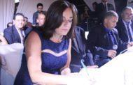 Wilma Pereira, primeira prefeita da microrregião, toma posse em Santa Bárbara do Leste