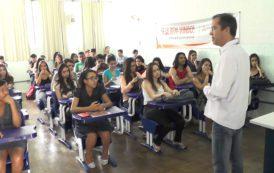 UNEC: Curso de Administração oferece curso gratuito para alunos das escolas públicas de Caratinga