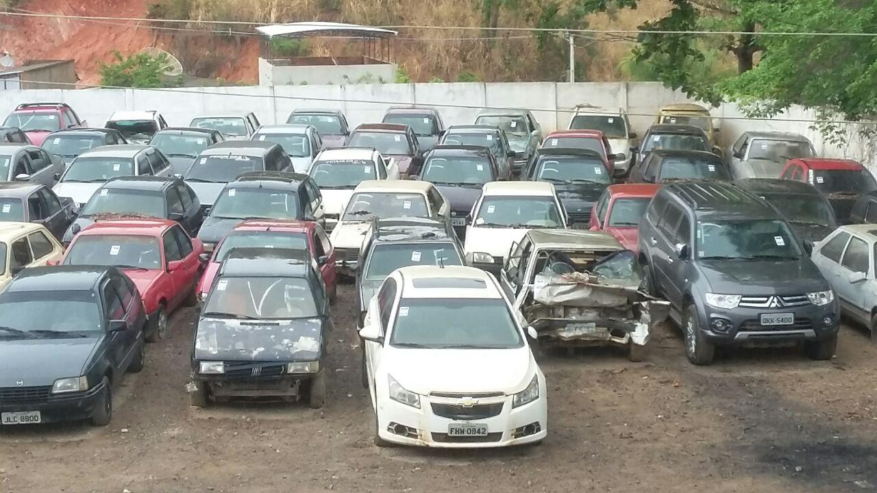 Resultado de imagem para leilão de 500 veículos apreendidos