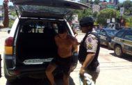 Suspeito de tráfico preso e duas barras de maconha apreendidas